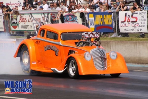 Wilson's NAPA Auto Parts - Mad Mike Photo - Starting Line Contest